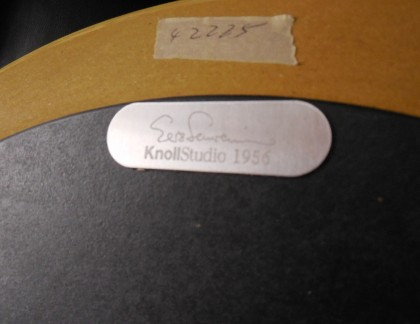 Knoll Saarinen Maple Side Table 20″- view 2